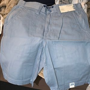 Brand new men's classic fit shorts size 29